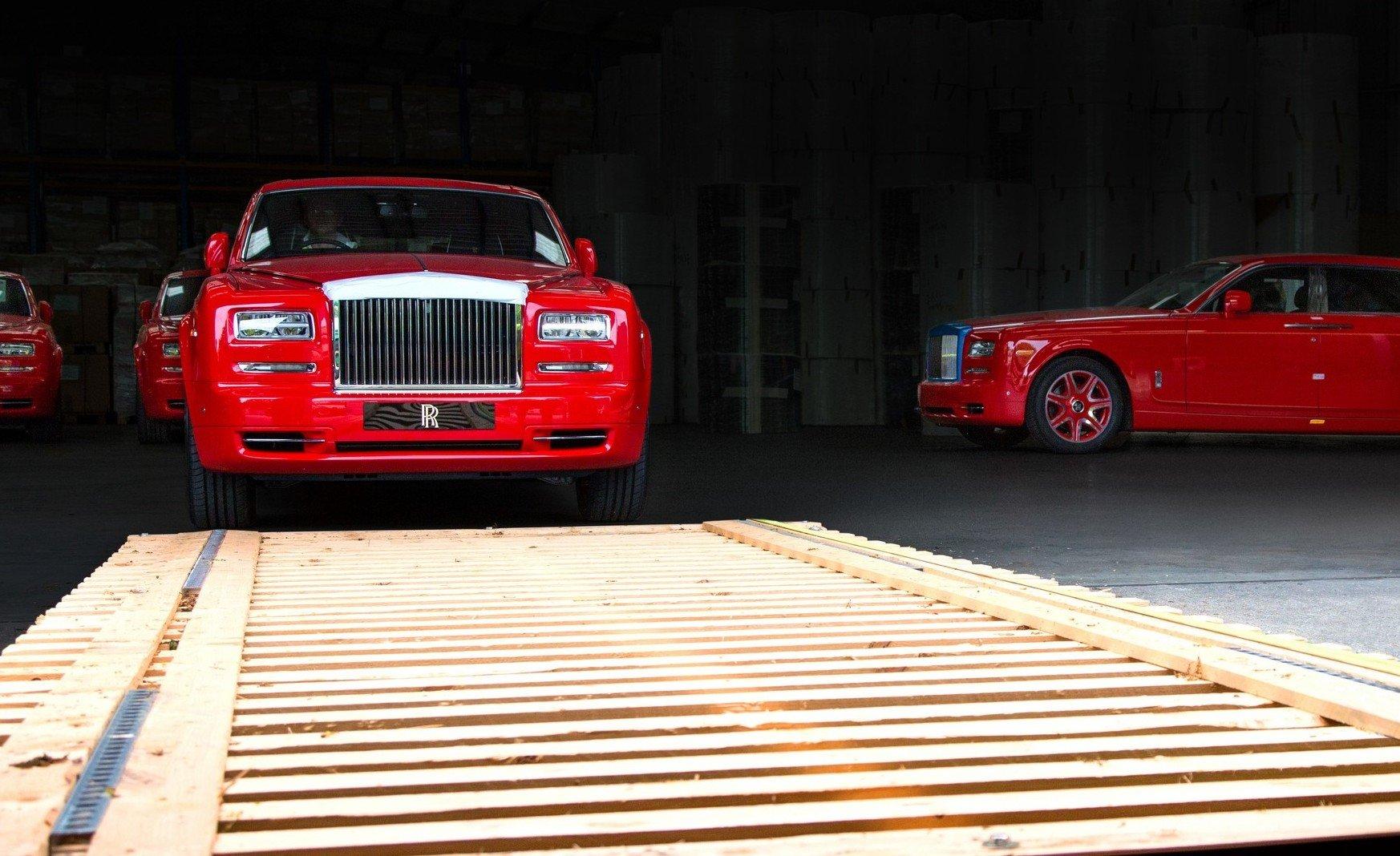 Entrepreneur Stephen Hung finally receives custom made fleet of 30 Rolls-Royce Phantoms -