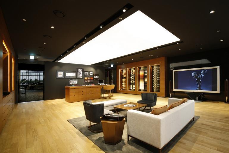 rolls-royce-luxury-studio-asia-2