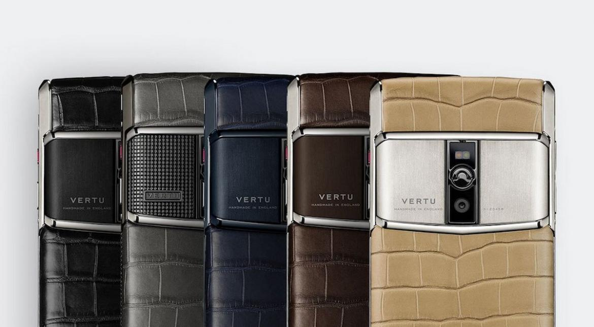vertu-signature-touch-alligator-collection-1