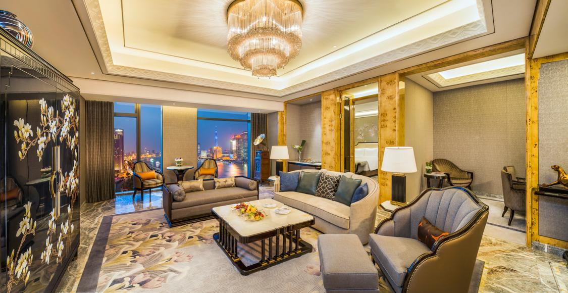 Executive Bund View Suite Livingroom