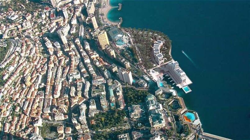 monaco luxury flats in the sea (2)