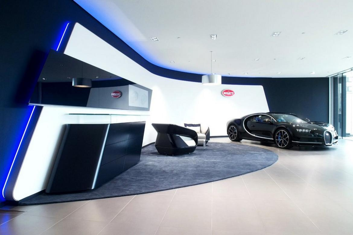 Rolls Royce Dealers >> Inside the largest Bugatti showroom in Europe