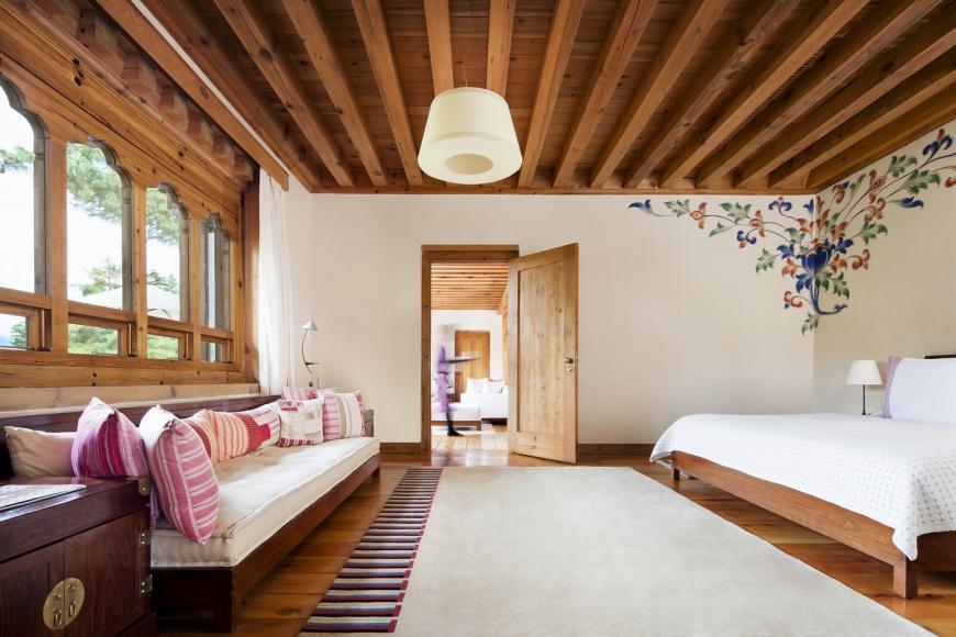 como-villa-bedroom