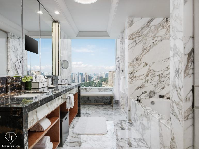 empire-suite-bathroom