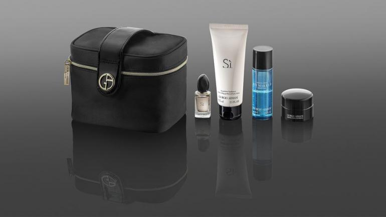 qatar-airways-amenity-kit-2