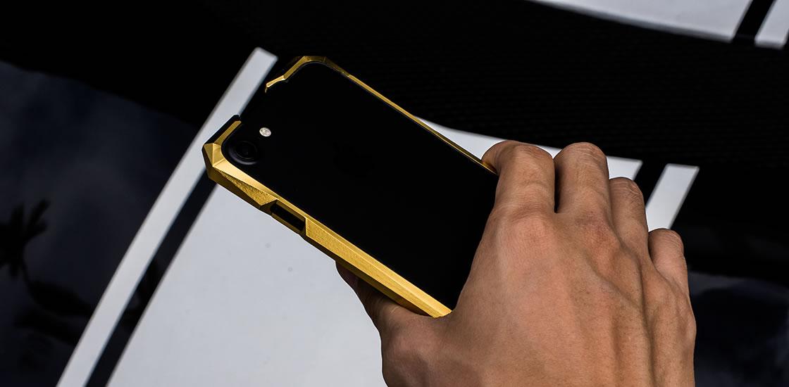 advent-iphone-case