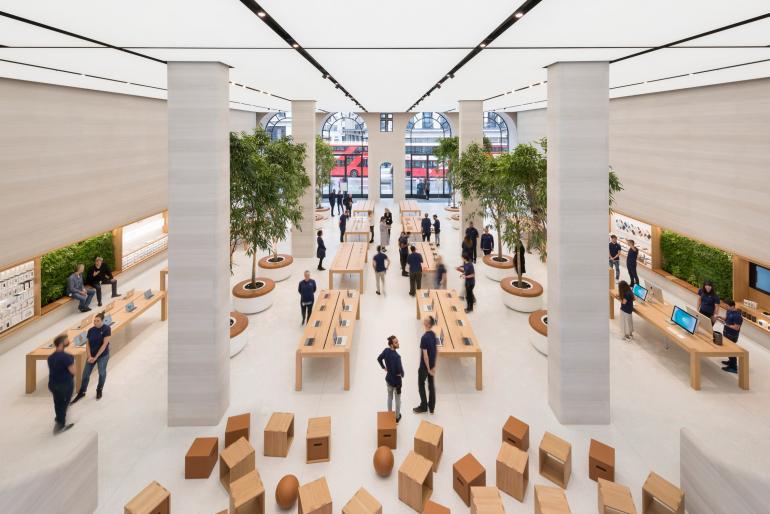 apple-regent-street-foster-partners-london_dezeen_2364_col_4