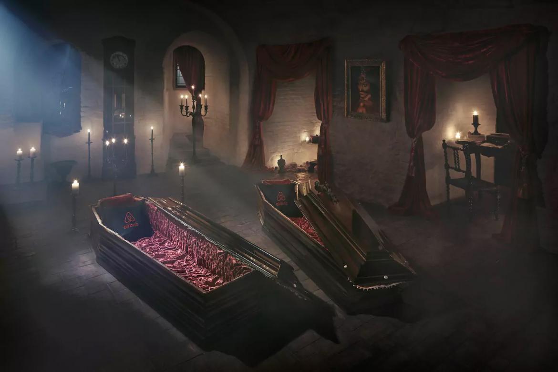 dracula-castle-airbnb-01