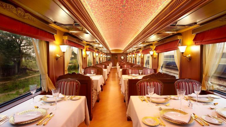 maharajas-express-luxury-train-restaurant