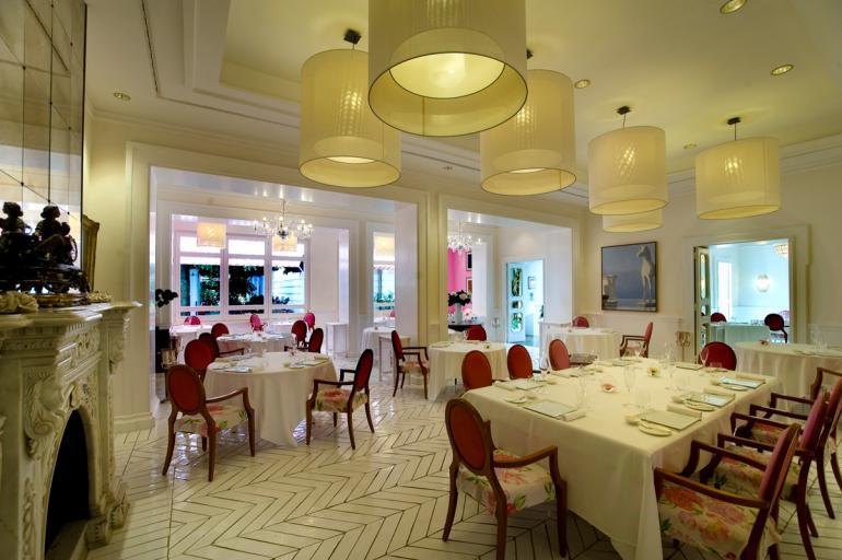 sala-ristorante-ennio-calice