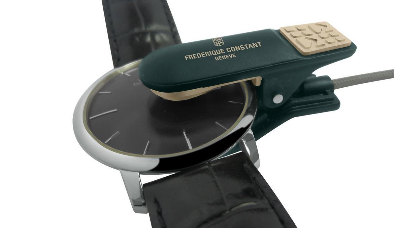 frederique-constant-analytics-clip-3