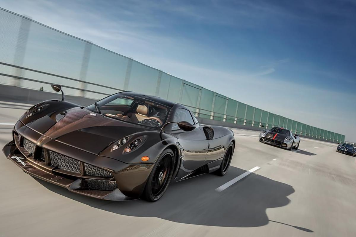 Posh and really fast - A one of its kind Pagani Huayra Hermes edition : Luxurylaunches