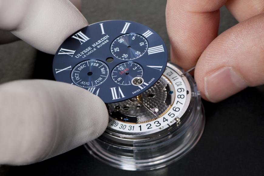 ulysse-nardin-marine-chronograph-annual-calendar-watch-3