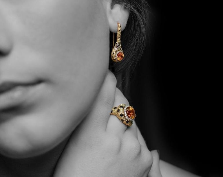 https-%2f%2fblueprint-api-production-s3-amazonaws-com%2fuploads%2fcard%2fimage%2f291923%2fjewelry_1