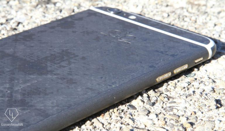 worlds-first-full-carbon-iphone-3