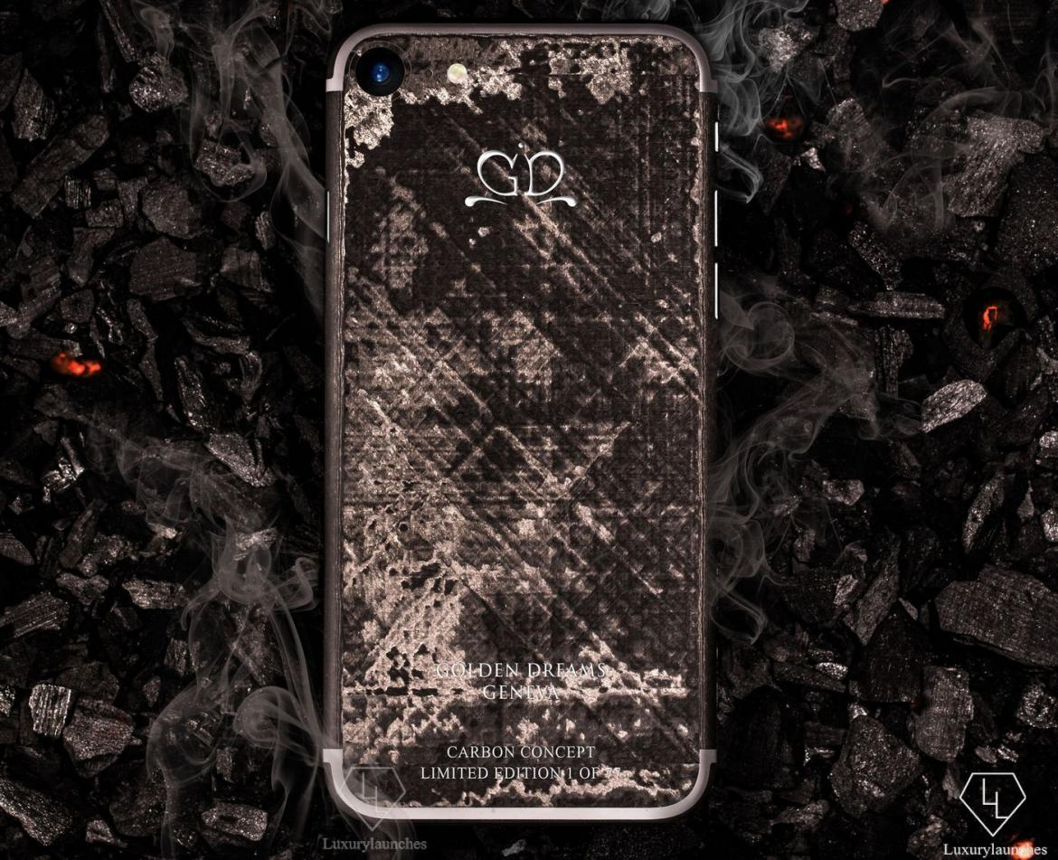 worlds-first-full-carbon-iphone-4