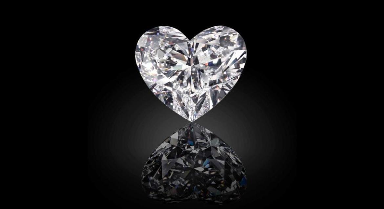 worlds-largest-flawless-heart-shaped-diamond-2