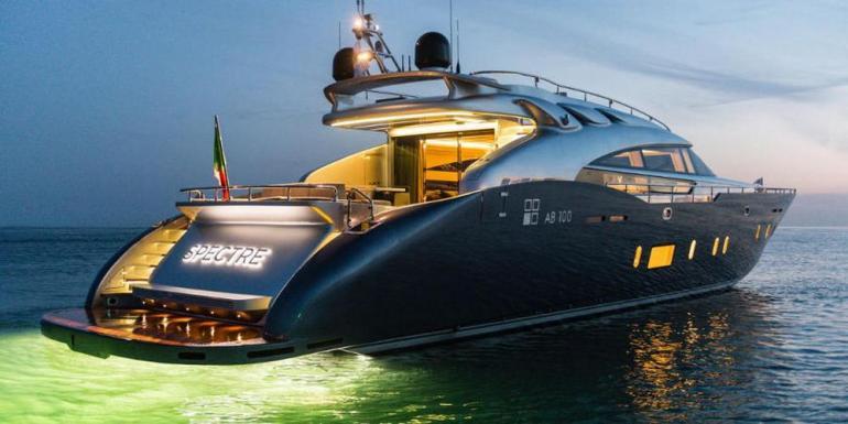 ab-100-spectre-yacht-2