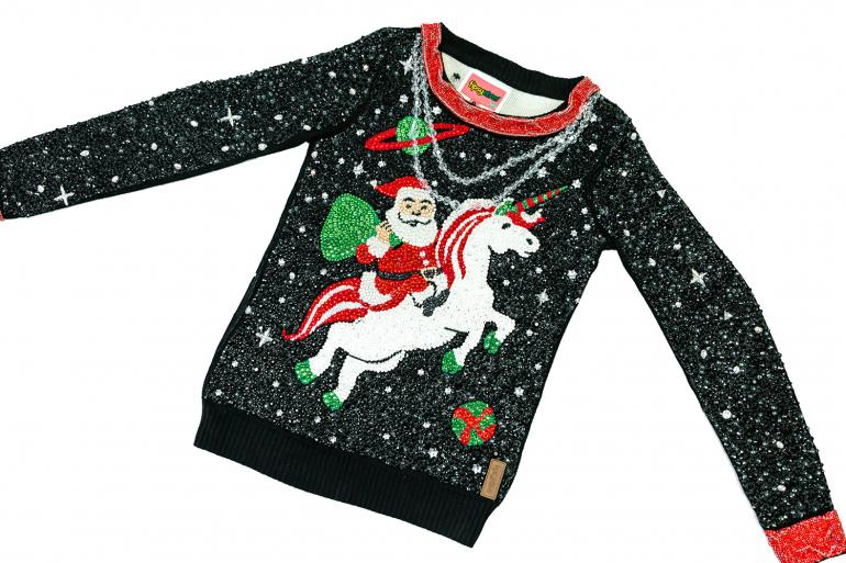 most-expensive-ugly-christmas-sweater-4
