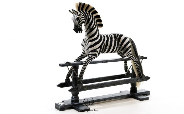 the_worlds_most_dazzling_rocking_zebra2