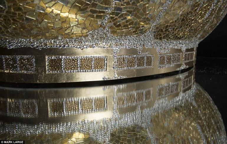 gold-crystal-bathtub-8