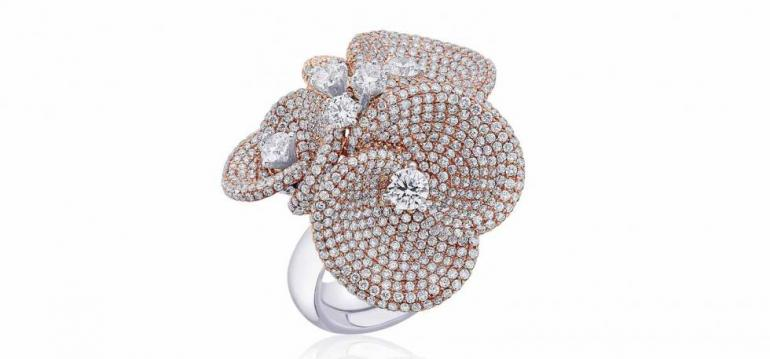 luxury_jewellery_forevermark_cocktail_floral_ring_2__980x457