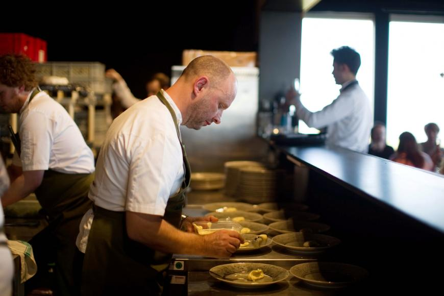 Land Rover fine dining drive-through pop up restaurant with chef Simon Rogan (1)