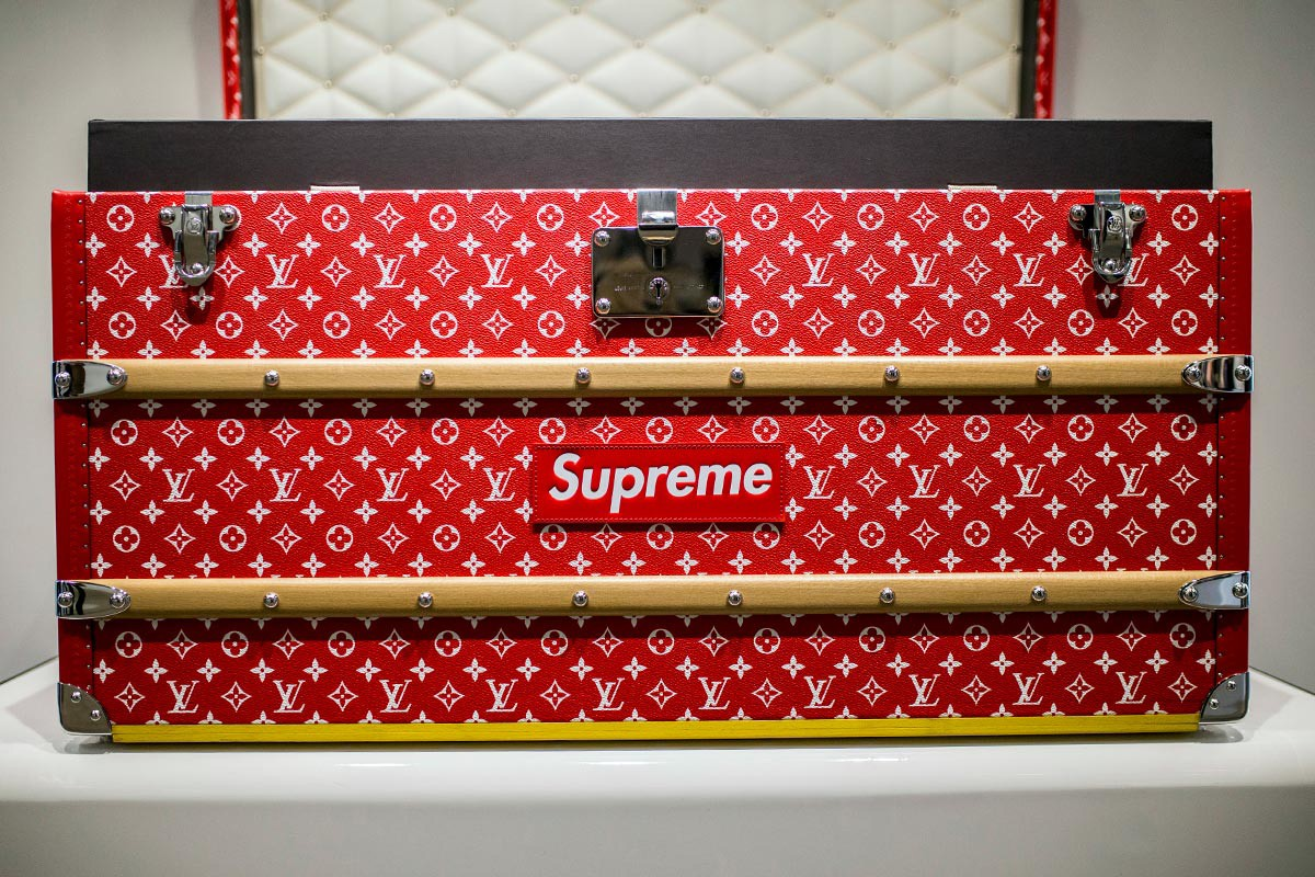 48926c43d2f3 You won t believe the price of that Louis Vuitton x Supreme trunk -