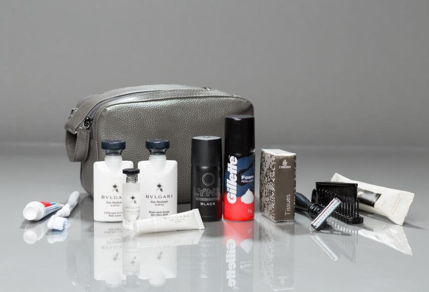 emirates mens first class amenity kit 1