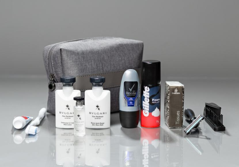 emirates mens first class amenity kit 2