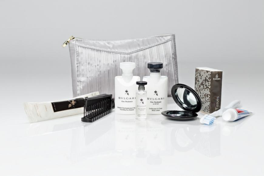 emirates womens first class amenity kit 1