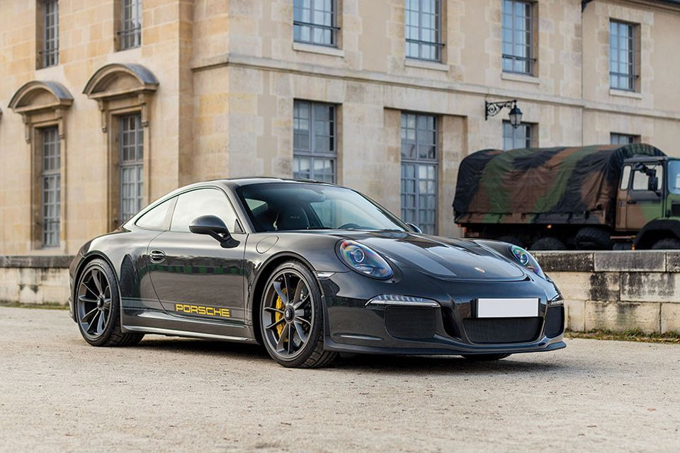 Check out the one off Porsche 911 R Steve McQueen special
