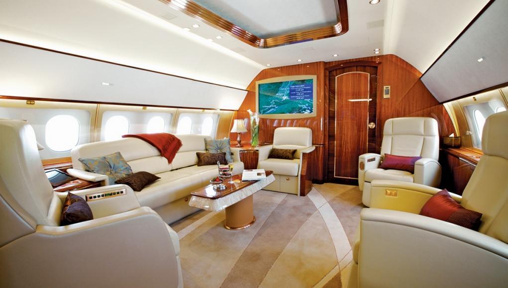 DreamMaker-Private-Jet-Trip (1)