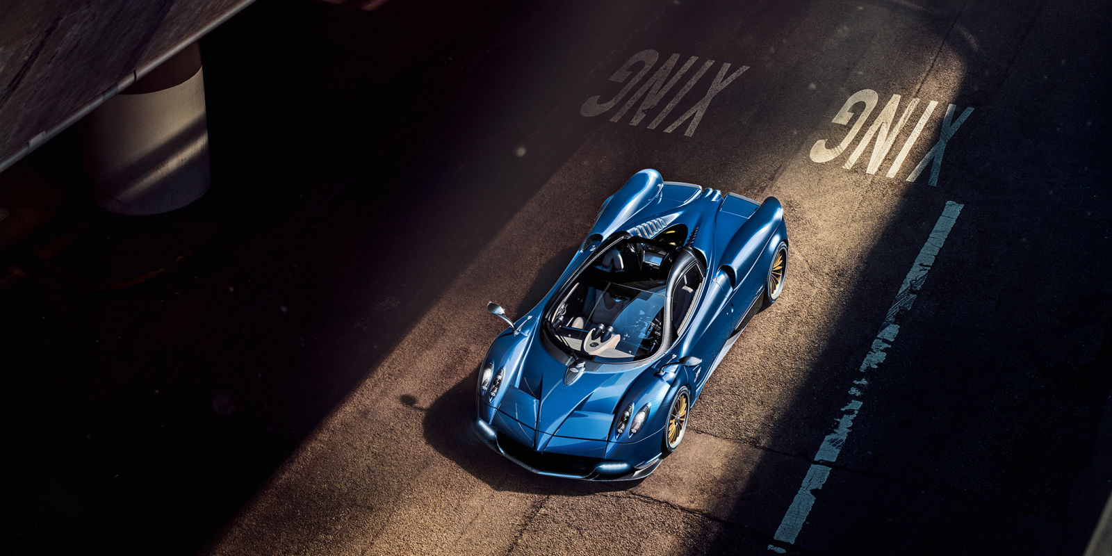 Introducing the $2.4 million Pagani Huayra Roadster : Luxurylaunches