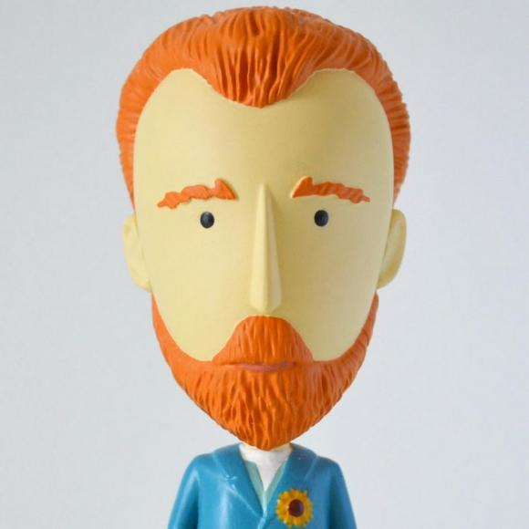 Van Gogh action figurine (1)