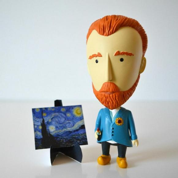 Van Gogh action figurine (2)