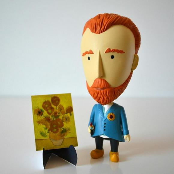 Van Gogh action figurine (5)