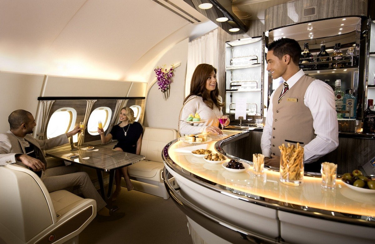 Inspired by a private yacht, Emirates is revamping the business class bar on the Airbus A380