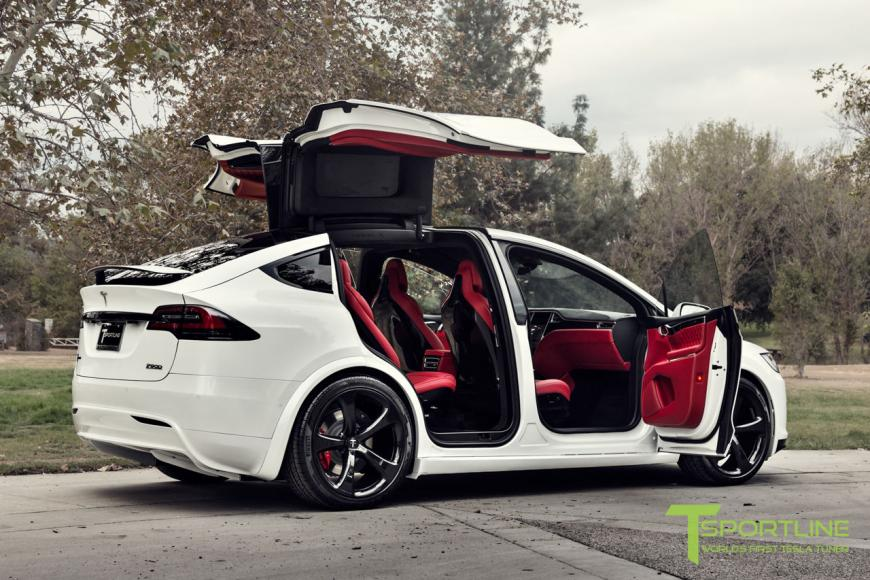 This custom tesla model x with bentley red interior can be for Tesla model x interieur