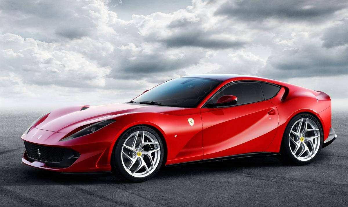 Ferrari 812 Superfast - 7 interesting facts on the most