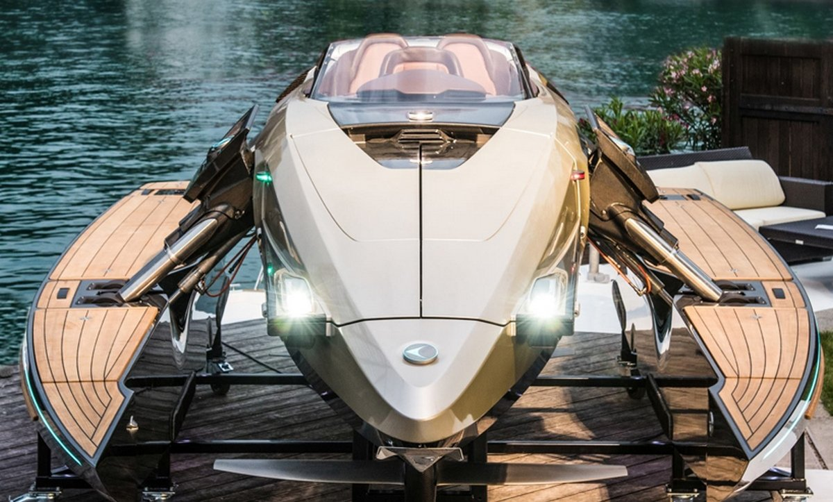 Bring your Bond fantasy to life with Kormaran's transforming K7 speedboat