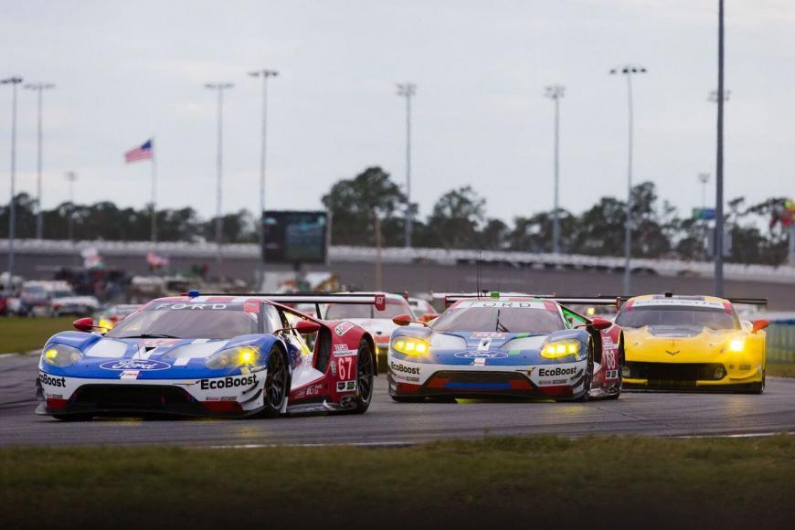 IMSA racing (2)