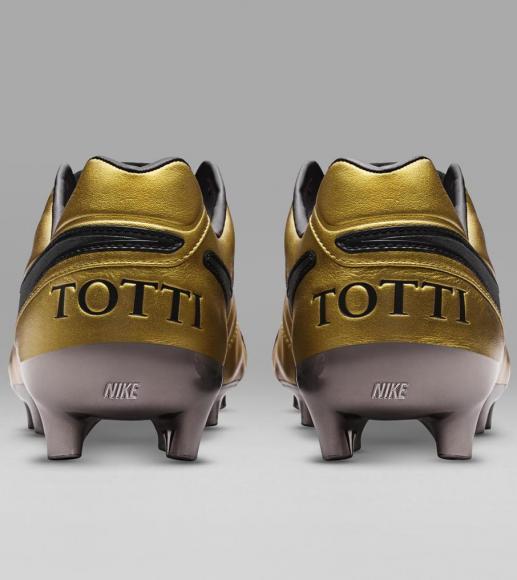 Nike - Tiempo Totti X Roma boots (1)