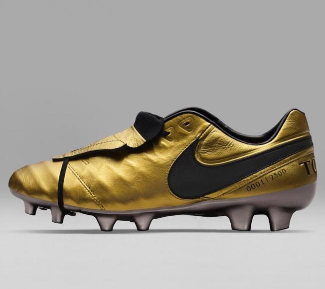 Nike - Tiempo Totti X Roma boots (3)