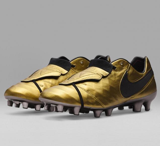 Nike - Tiempo Totti X Roma boots (4)