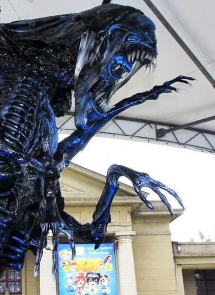 alien-replica-3