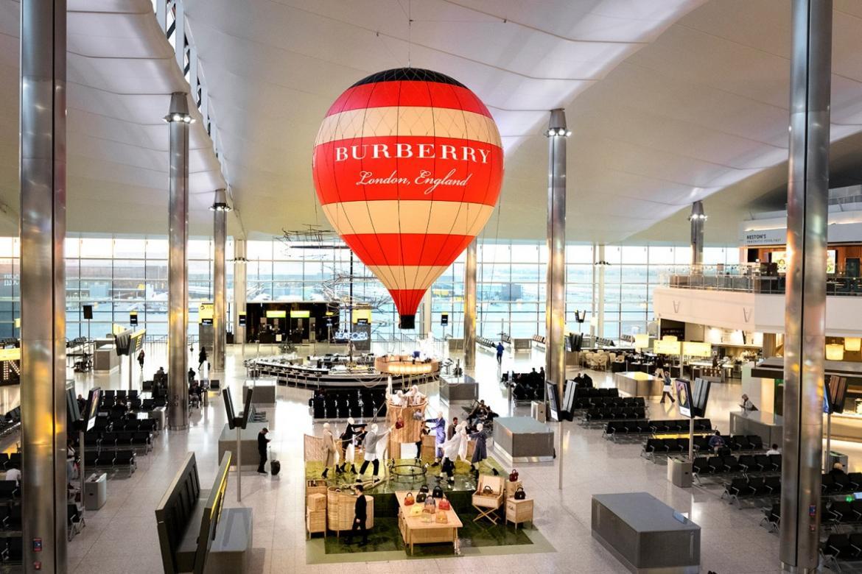Burberry's life-sized hot air balloon graces London's Heathrow Airport : Luxurylaunches