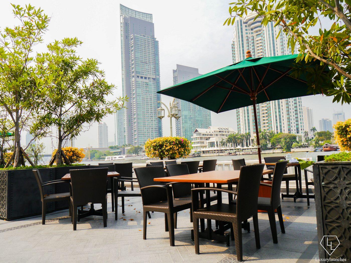 hotel review mandarin oriental bangkok. Black Bedroom Furniture Sets. Home Design Ideas