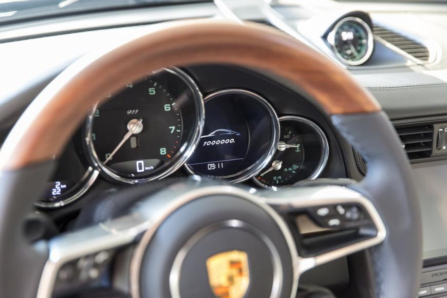 millionth Porsche 911 looks gorgeous (4)