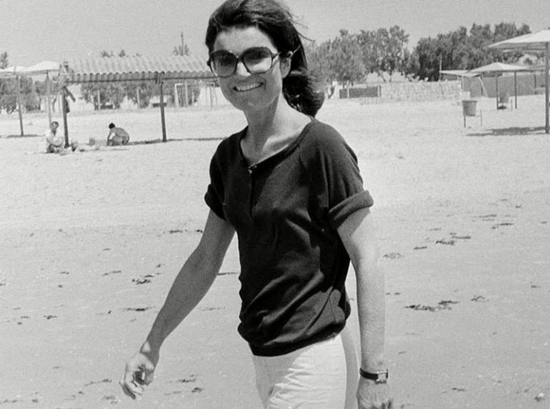 Jackie Kennedy's 1962 Cartier Will Be Sold At Christie's Auction